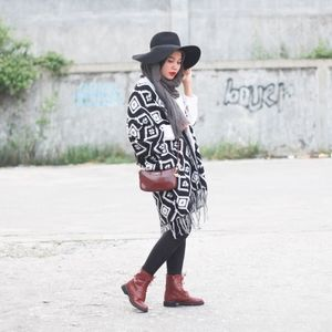 H&M wool Cape coat